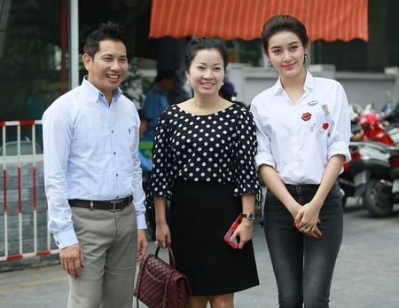 Huyen My lam tu thien cung nghe si Giang Coi, Quang Teo - Anh 1