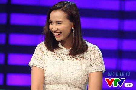 Phan ung bat ngo cua La Thanh Huyen khi bi 'nem da' - Anh 2