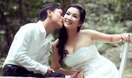 Thanh Thanh Hien 2 chong, 10 con thi Xuan Hinh van yeu - Anh 3