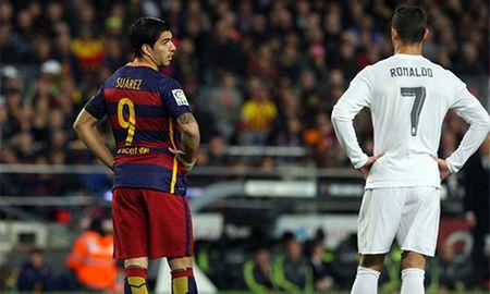 Suarez an dut Ronaldo trong 100 tran dau o Barca va Real - Anh 1
