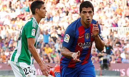 Suarez an dut Ronaldo trong 100 tran dau o Barca va Real - Anh 2