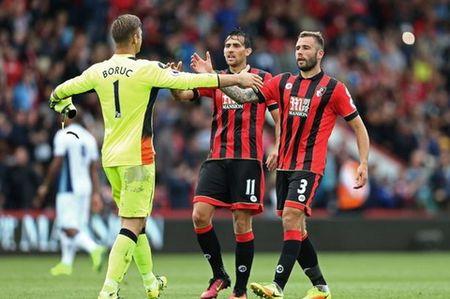 Doi hinh tieu bieu vong 4 Premier League: De Bruyne, Firmino che mo tat ca - Anh 2