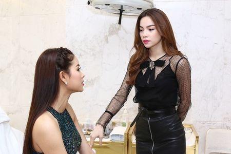 Ha Ho tinh quai 'buoc toi' Pham Huong vo le, hieu chien? - Anh 2