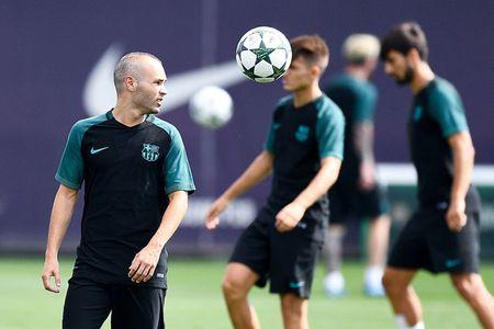 Messi tro lai, tam tau M-N-S san sang xuat tran truoc Celtic - Anh 3