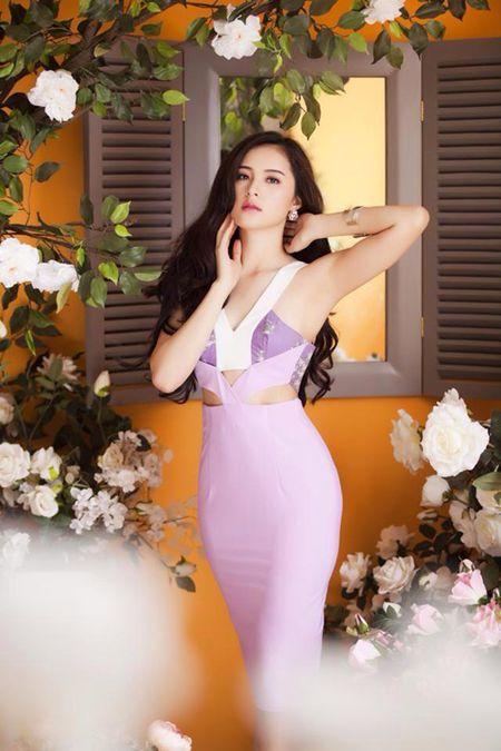Nhung lan sexy hiem hoi 'chet nguoi' cua co Tam Ha Vi - Anh 10
