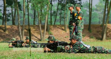 Man nhan bo doi Viet Nam do tai ban AK, PKMS, K54 - Anh 12