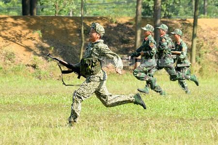 Man nhan bo doi Viet Nam do tai ban AK, PKMS, K54 - Anh 14