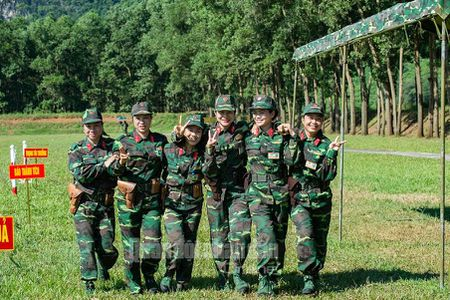 Man nhan bo doi Viet Nam do tai ban AK, PKMS, K54 - Anh 15