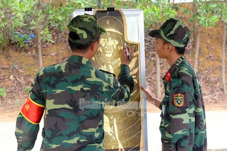 Man nhan bo doi Viet Nam do tai ban AK, PKMS, K54 - Anh 16