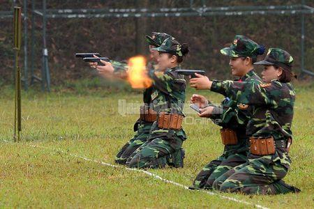 Man nhan bo doi Viet Nam do tai ban AK, PKMS, K54 - Anh 1