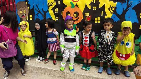 Be gai hoa trang quy Vo dien hot nhat mang Viet dip Halloween - Anh 5