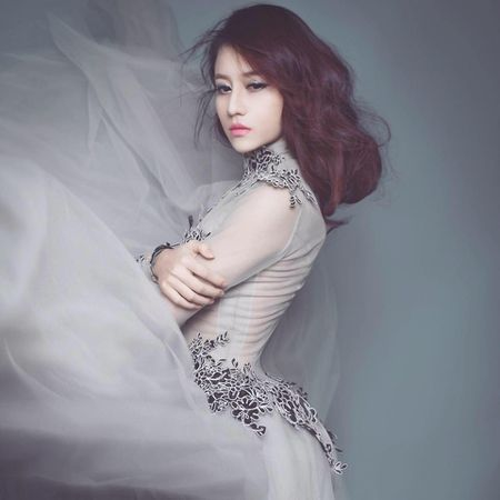 Nhan sac nu sinh Dien luc hat 'Phia sau mot co gai' - Anh 3