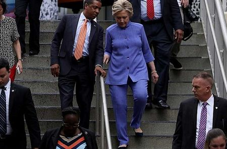 Chum anh ung vien Hillary Clinton truoc 'con bao email' - Anh 6