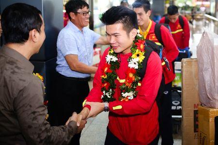 U19 Viet Nam duoc NHM don tiep nhu nguoi hung - Anh 8
