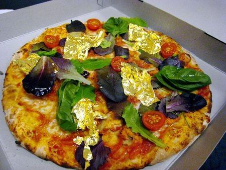 Banh pizza doc di co mot khong hai tren the gioi - Anh 1