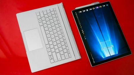 MacBook Pro va Surface Book nen chon laptop nao? - Anh 4