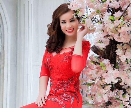 Hoa hau Quy ba Kim Hong cham thi Mrs World 2016 - Anh 1