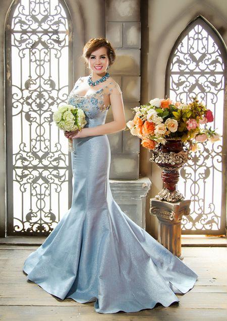 Hoa hau Quy ba Kim Hong cham thi Mrs World 2016 - Anh 3