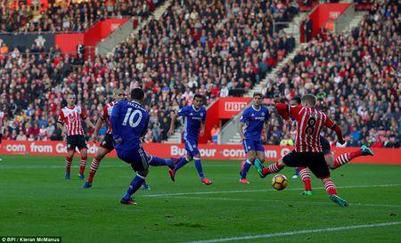 Ket qua bong da Anh: Diego Costa ghi sieu pham, Chelsea vao top 4 - Anh 1
