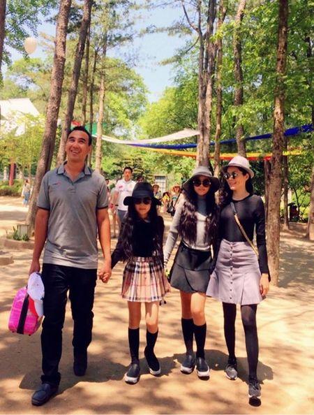Roi nuoc mat voi qua khu bom xe dao, luom ve chai cua Quyen Linh - Anh 3