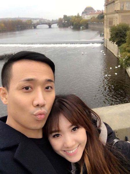 Tran Thanh, Hari Won hanh phuc giua troi Tay - Anh 3