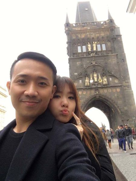 Tran Thanh, Hari Won hanh phuc giua troi Tay - Anh 6