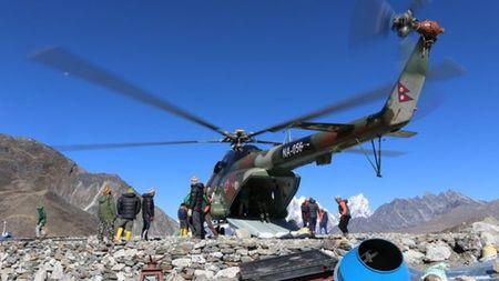Nepal thao nuoc ho bang o do cao gan 5.000 m - Anh 4