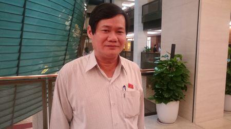 Dat coc 2 trieu dong de duoc dang ky: UBND xa phai xin loi nguoi dan - Anh 3