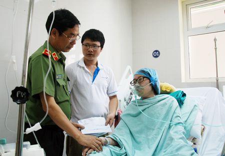 Trong 'the gioi phang', tai sao cang phai 'Nhan van - Tin cay - Kip thoi' - Anh 3