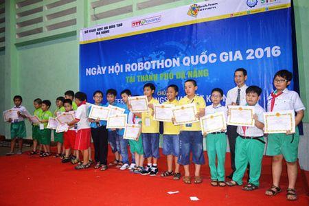 Hon 200 thi sinh tham gia ngay hoi Robothon 2016 tai Da Nang - Anh 7