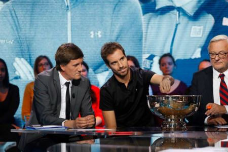 "Phan nhanh Paris Masters: ""Nui kho khan"" cho Djokovic - Anh 2"