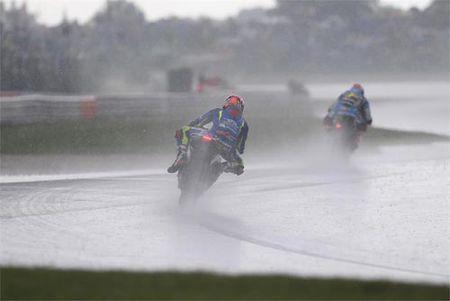 MotoGP: Cai ten thu 9 buoc len dinh cua nam 2016 - Anh 2