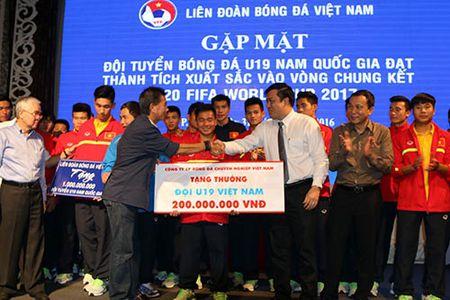U19 VN nhan 2,3 ty tien thuong, HLV Tuan tung bi doi sa thai - Anh 2