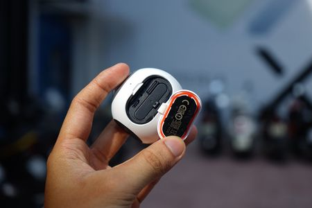 Can canh Samsung camera Gear 360 gia 7 trieu dong - Anh 4