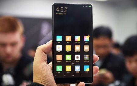 Cham vuot Xiaomi Mi MIX - smartphone khong vien cuc sexy - Anh 3