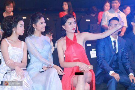 Chi mac thoi, Ky Duyen cung da gay nhieu thi phi, on ao lam roi - Anh 1