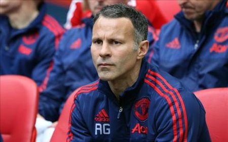 MK Dons tha thiet moi chao Ryan Giggs - Anh 1