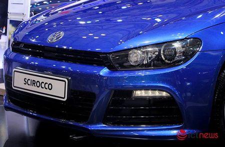 Volkswagen Scirocco R tro lai thi truong Viet sau mot thoi gian vang bong - Anh 3