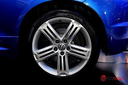 Volkswagen Scirocco R tro lai thi truong Viet sau mot thoi gian vang bong - Anh 9