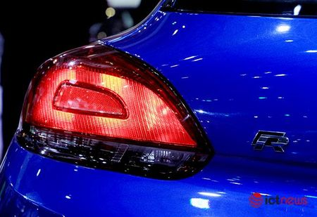 Volkswagen Scirocco R tro lai thi truong Viet sau mot thoi gian vang bong - Anh 10
