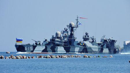 Nhung vu khi Nga khien NATO de chung - Anh 1