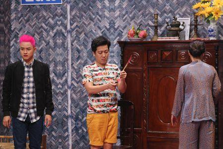 Thanh Duy om Truong Giang bat khoc nhu mua trong game show - Anh 3