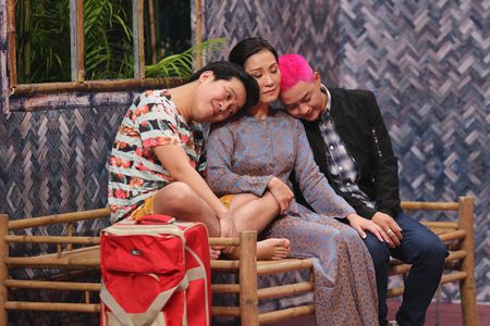 Thanh Duy om Truong Giang bat khoc nhu mua trong game show - Anh 5