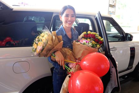 Nam Em rang ro tro ve tu Hoa hau Trai dat 2016 - Anh 6