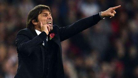 Chelsea oanh tac Ngoai hang Anh, Conte ban lenh 'doc chieu' - Anh 1