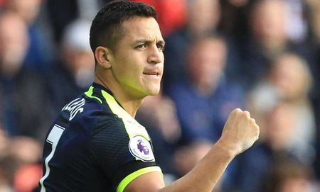 Arsenal thong tri doi hinh xuat sac nhat vong 10 Premier League - Anh 10