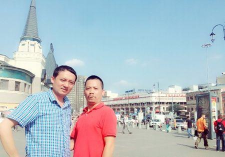 Chien Thang lay vo kem 15 tuoi: 'Dan ong ai cung thich gai tre' - Anh 3