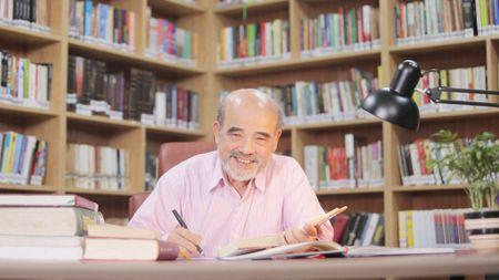 GS Dang Hung Vo: Cao oc tran noi do do chieu long nha dau tu - Anh 1