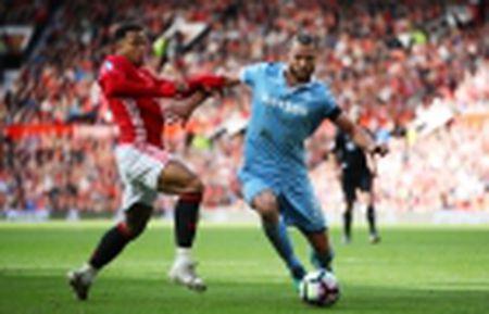 Bung tinh trong ba phut, Man Utd loi nguoc dong thanh cong truoc Middlesbrough - Anh 6