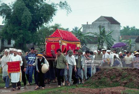 Boi hoi ngam anh than thuong ve Ha Noi nhung nam 1990 - Anh 11